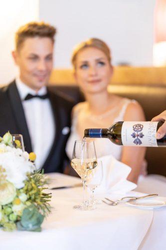 Hochzeitsfotograf, Burgenland, Kärnten, Schloss Esterhazy, Esterhazy, Klagenfurt, Hochzeitspaar, Wedding, Weddingphotography, Henrici, Hochzeitstafel