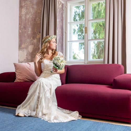 Hochzeit, Schloss Lackenbach, Burgenland, Fine Art Wedding, Styled Wedding, Paarfotos, Braut, Brautkleid, Brautschuhe, Getting Ready