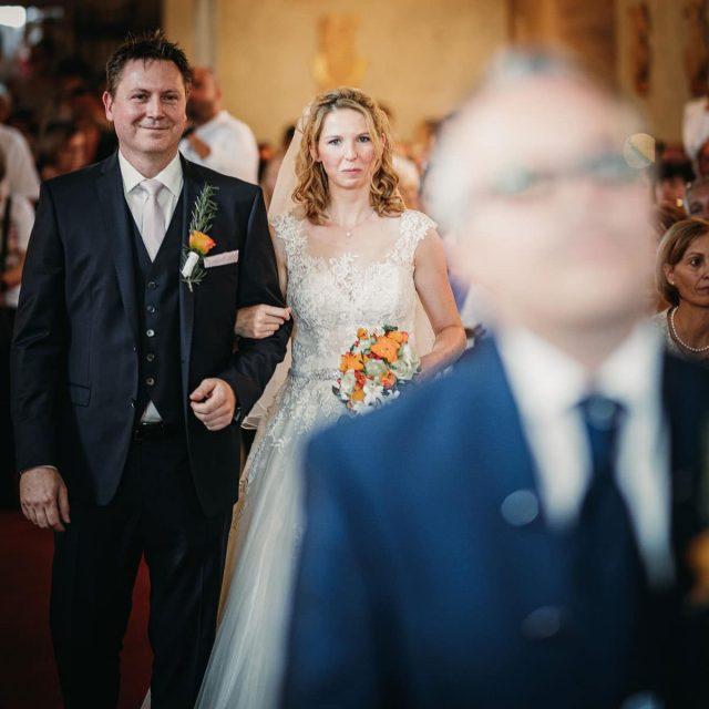 Trauung, Neudorf, Burgenland, kroatisch, Hochzeitsbilder, Hochzeitsfotos, Roman Huditsch, Traditionell